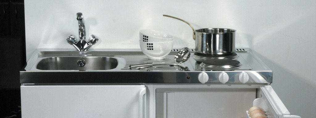 John Strand MK11 mini kitchen sink top, drainer and hob with 60 minute safety timer
