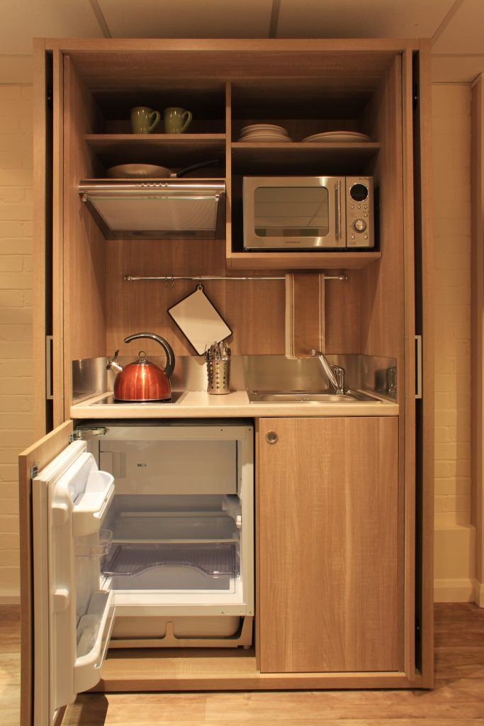 Ample space for storage food and preparing meals.